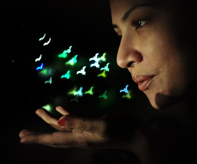 How To DIY: Fun Bokeh effects filter on your DSLR