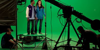 Advantages and Disadvantages to Chroma Key (Green/ Blue screen)
